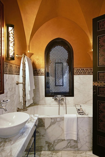 bathroom-morocco-marble-mar14-20150529162918-q75,dx1920y-u1r1g0