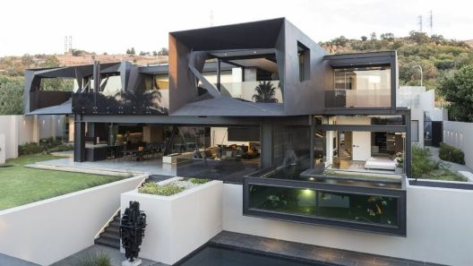 002-kloof-road-house-nico-van-der-meulen-architects-1050x591