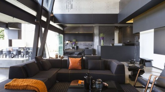 012-kloof-road-house-nico-van-der-meulen-architects-1050x591
