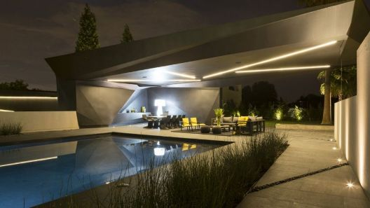 042-kloof-road-house-nico-van-der-meulen-architects-1050x591